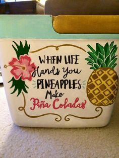 another cool idea for the cooler. using acrylic paint and outdoor modge poge. :) YES YES YESSSSSS Bubba Keg, Coolest Cooler, Diy And Crafts, Arts And Crafts, Cooler Designs, Cooler Painting, Frat Coolers, Sorority Crafts, Crafty Craft