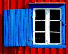 Norwegian Window. Repinned by www.mygrowingtraditions.com