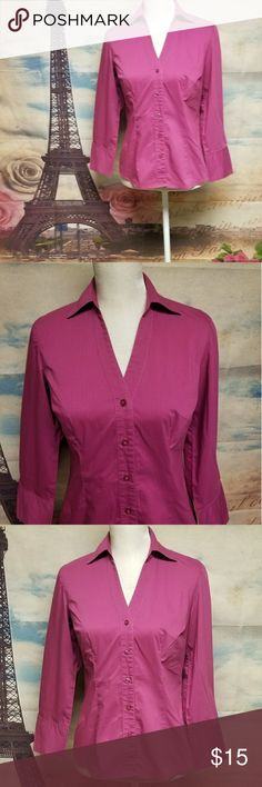 💟B2G1💟Ann Taylor fuchsia button down shirt Size 2 Conditions EUC Color Fuchsia Material 65% Cotton                 30% Polyester                   5% Spandex  Shoulders 15 Chest 34 Length 24 Sleeves 21 ITEM P0GB75~10F103 *Internal use only*  ▪ B2G1 free 💟 Bundle 3 items with a 💟 *free item will be the one with less or equal value*  ▪25% off 🛍 Bundle 4 or more items and get 25% off automatically with my seller discount price  **B2G1 NOT applicable***   ▪$4,99 SHIPPING 🚛 Bundle over $25…
