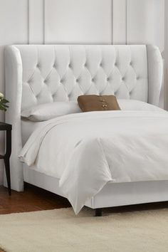 Tufted Wingback Bed - Velvet White