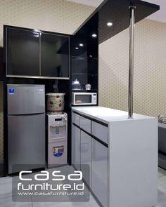 Kitchenette, Cool Kitchens, Kitchen Bar, Interior, Kitchen Interior Design Decor, Studio Kitchen, Mini Bar, Kitchen Sets, Kitchen Design