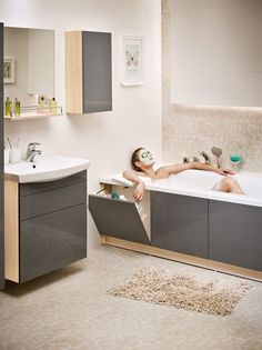 Wc Bathroom, Bathroom Renos, Small Bathroom, Bathrooms, Wooden Diy, Corner Bathtub, Laundry Room, Architecture Design, Sweet Home