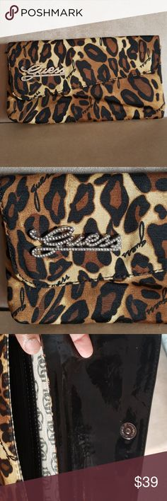 2780f376fa12 Guess Clutch Purse This is a leopard print clutch bag by Guess. Guess Bags  Clutches
