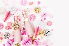 10 inspirações para arrasar nas lembrancinhas para Chá de Lingerie Chocolates, Lingerie, Bar, Tea Party Favors, Souvenir Ideas, Gifts, Tips, Invitations, Stationery Shop