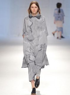 Oversized dress from the portuguese designer Carla Pontes. Shop now at Minty Square | #jointhesquare | mintysquare.com