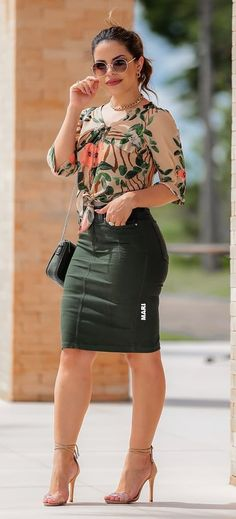 Look Fashion, Skirt Fashion, Fashion Dresses, Womens Fashion, Skirt Outfits, Stylish Outfits, Looks Style, My Style, Outfit Trends