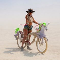 """Burning Man, a week long """"art festival"""" in the middle of the Nevada desert. I have always been interested in Burning Man, but have never gone past the… Burning Man Mode, Burning Man 2014, Burning Man Style, Burning Man Art, Burning Man Fashion, Burning Man Outfits, Festival Looks, Festival Style, Art Festival"""