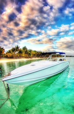 Boating in Mauritius