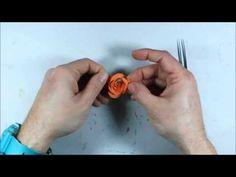 MAKING 3D PAPER FLOWERS - HACER FLORES DE PAPEL 3D - YouTube
