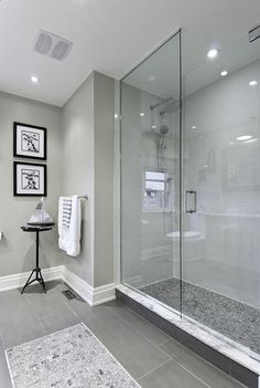 Nice 75 Fresh and Cool Master Bathroom Remodel Ideas on A Budget decorapatio.com/...https://decorapatio.com/2017/07/28/75-fresh-cool-master-bathroom-remodel-ideas-budget/