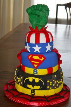 superhero cake hulk batman supermen captain america spiderman gateau de