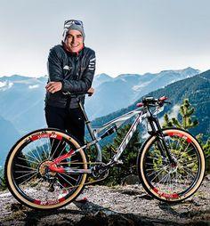 Así de impresionantes son las bicicletas de Nino Schurter, Brendan Fairclough y Neko Mulally | TodoMountainBike