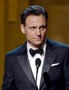 Tony Goldwyn Photos - Actor Tony Goldwyn speaks onstage during the NAACP Image Awards at The Shrine Auditorium on February 2013 in Los Angeles, California. - NAACP Image Awards - Show Scandal Tv Series, Scandal Abc, Olivia And Fitz, Tony Goldwyn, Tiger Beat, Mr President, Famous Stars, Handsome Actors, Ex Husbands