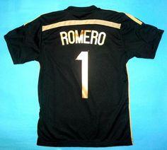 La otra camiseta de Argentina de arquero de Romero