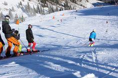 https://www.kitzski.at/de/aktuelles-service/starten-sie-im-skigebiet-kitzbuehel-kirchberg-als-erstes-in-den-winter.html wieder ab 26.10.20146 #Kitzbühel