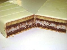 luxusný zákusok - My site Czech Recipes, Ethnic Recipes, Oreo Cupcakes, Dessert Bars, Vanilla Cake, Nutella, Baked Goods, Sweet Recipes, Baking Recipes