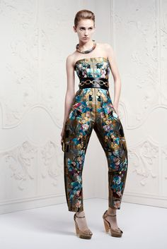 Alexander McQueen Resort 2013 - Collection - Gallery - Style.com