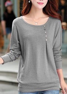 Round Neck Grey Long Sleeve T Shirt with buttons placed more over to her left side. The balance has shifted in the shirt Trend Fashion, Look Fashion, Fashion Outfits, Sewing Clothes, Diy Clothes, Clothes For Women, Pretty Outfits, Cool Outfits, Mode Hijab