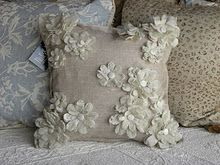 Stampin' Up!  Frabic Pillow  Christie Daughtrey  Big Shot  Flower Folds die.