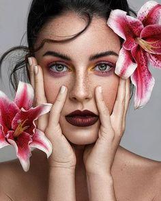 Ian Lim – Fashion & Beauty Photographer Source by nurrenbrockes photoshoot Studio Portrait Photography, Foto Portrait, Face Photography, Beauty Portrait, Photoshop Photography, Studio Portraits, Photography Flowers, Photography Backdrops, Photography Blogs