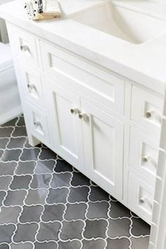 bathroom flooring arabesque ombre grey floor tiles for bathroom floors tile ideas Grey Bathroom Tiles, Grey Bathrooms, Bathroom Flooring, Modern Bathroom, Master Bathroom, Gray Tiles, White Bathroom, Remodled Bathrooms, Neutral Bathroom