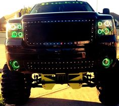 in love OMFG. Sexiest truck I've ever seen!! Holy shit.. My truck needs to look like this pronto =) What a waste