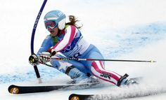 Julia Mancuso (USA) during her first run in the womens giant slalom alpine skiing race at Whistler Creekside during the 2010 Vancouver Winte...