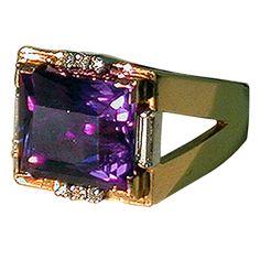 Amethyst and Diamond Gold Ring, C.1950.