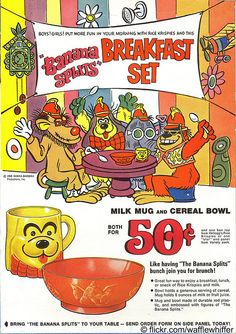 From here's a Rice Krispies cereal box with a groovy image of those wacky Banana Splits. They're promoting an equally groovy mail-away offer for a milk mug and cereal bowl. Fleegle, Bingo, Drooper and Snorky are having a good time at the breakfast table. Retro Advertising, Vintage Advertisements, Vintage Ads, Retro Ads, Vintage Stuff, Breakfast Set, Banana Breakfast, Breakfast Cereal, The Banana Splits