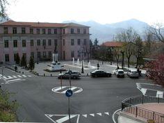Piazza del Popolo at the lower area