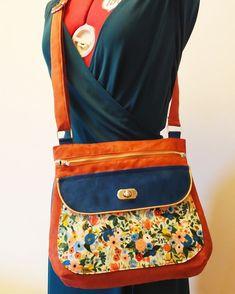 la P'tite Trousse sur Instagram: ✨Nouveau modèle de sac✨ Je vous présente le petit dernier, un sac bandoulière bien pratique avec ses nombreuses poches, et sa forme qui…