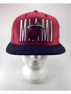84faab81cbf Miami Heat Snapback Hat NBA Vintage New in Sports Mem