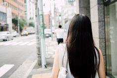 ファッション業界の美女にフィーチャーした連載「服飾的業界美女」第6弾はファッション・デジタル・コミュニケーション・コンサルタントの市川渚さん。