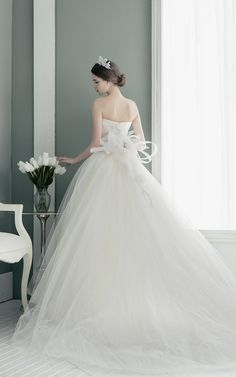 14_904 Designer Wedding Dresses, Bridal Dresses, Wedding Gowns, Girls Dresses, Fairytale Gown, Weeding Dress, Bridal Photoshoot, Moda Paris, Princess Outfits