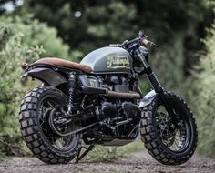 down-out-triumph-scrambler-8-of-23-700x425
