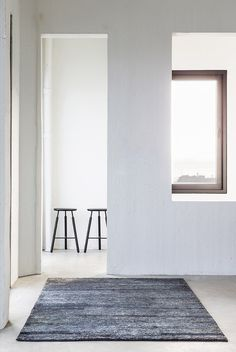 Contemporary scandinavian rugs from Woven - cate st hill Contemporary Rugs, Modern Rugs, Modern Furniture, Furniture Design, Minimalist Rugs, Modern Hallway, Soft Furnishings, Rugs On Carpet, Carpets