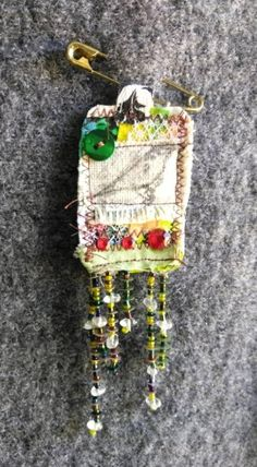 Handmade Textile Song bird Brooch / Jewelry / salvaged fabric / fashion / up-cycle / accessories  / pin / couture / green / vintage / red
