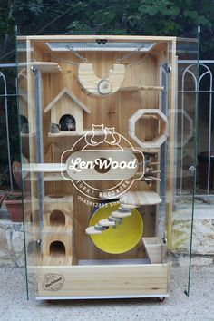 Wooden chinchilla cage by Lenwood Cage Chinchilla, Chinchilla Care, Chinchillas, Large Hamster Cages, Sugar Glider Pet, Degu Cage, Cat Wall Furniture, Parakeet Cage, Hamster Habitat