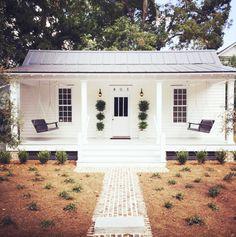cutest cottage ever + design ideas (Simply Seleta)