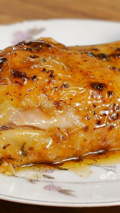 Roast chicken - Pour un dimanche en famille - Chicken recipes healthy Diner Recipes, Meat Recipes, Indian Food Recipes, Chicken Recipes, Cooking Recipes, Ethnic Recipes, Healthy Breakfast Recipes, Easy Healthy Recipes, Easy Dinner Recipes