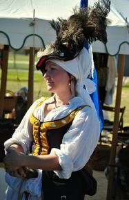 Kampfrau patterns: cranach dresses, wulst, Smocked Chemise/Pleatwork Embroidery,