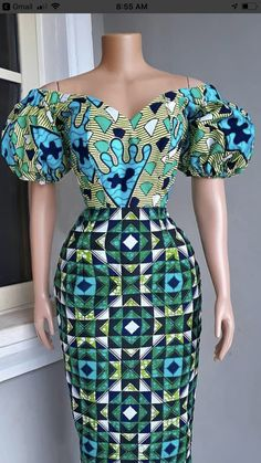 Amazing blue colors on dress African Print Skirt, African Print Dresses, African Fashion Ankara, African Print Fashion, Long African Dresses, Ankara Short Gown Styles, Africa Dress, African Attire, Blue Colors
