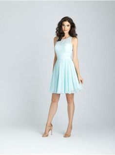 Robe de cocktail courte mousseline