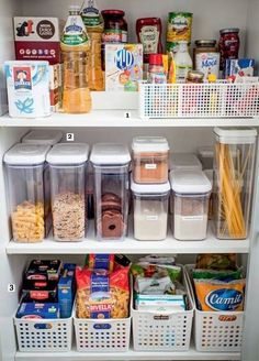 37 ideas kitchen pantry organization diy tips Kitchen Organization Pantry, Home Organisation, Pantry Storage, Kitchen Pantry, Diy Storage, Organization Hacks, Kitchen Storage, Kitchen Decor, Organized Pantry