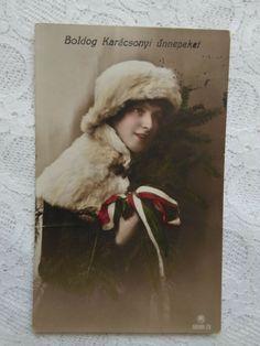 Antique Christmas, Christmas Art, Christmas Photos, Christmas Decorations, Photo Postcards, Vintage Postcards, Halloween Series, Thanksgiving Greetings, New Year Photos