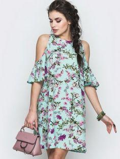 Летнее платье свободного кроя с открытыми плечами, фото 1