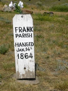 Grave Of Frank Parish. Cowboy Halloween Ideas, Old West Outlaws, Funeral Caskets, Zeus And Hera, Cemetery Statues, Virginia City, After Life, Le Far West, Mountain Man