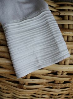 ways to use pintucks: elsie marley » Blog Archive » guest post:  Sascha from Piccoli Piselli