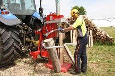 Scheitholz erfolgreich produzieren und vermarkten. Outdoor Power Equipment, Firewood, Couple, Garden Tools