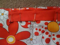 Edie & Me: Pram liner tutorial Sewing Machine Service, Pram Liners, Baby Items, Sewing Projects, Nursery, Baby Room, Child Room, Project Nursery, Baby Rooms